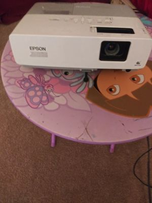 Projector for movies or lab top for Sale in Denver, CO