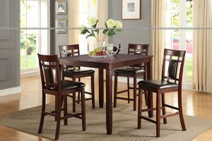 5 PIECE COUNTER HEIGHT DINING TABLE SET for Sale in Riverside, CA