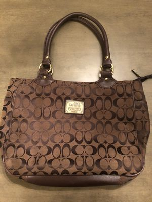 Coach bag for Sale in Joint Base Lewis-McChord, WA