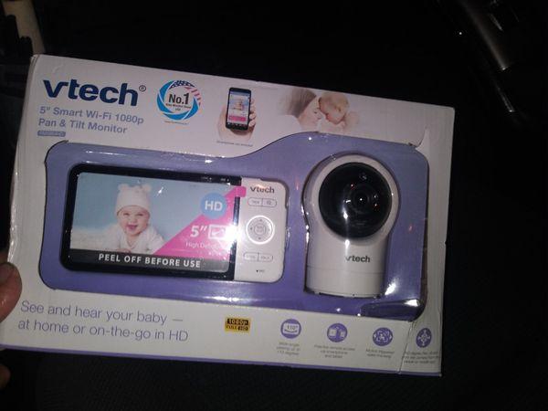 "5"" smart wifi 1080p pan tilt monitor / Vtech"