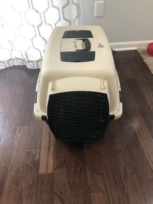 Dog Kennel (20-25 lbs) from RuffMaxx for Sale in Royal Oak, MI