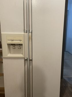 Refrigerator for Sale in Canby,  OR