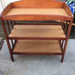 GREAT CONDITION BABY CHANGING TABLE....MAKE AN OFFER for Sale in West Covina, CA