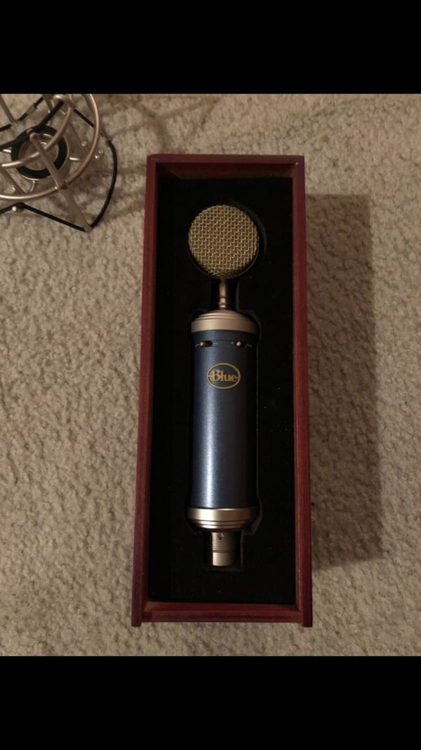 Blue Microphones Bluebird SL Large-Diaphragm Cardioid Condenser Microphone