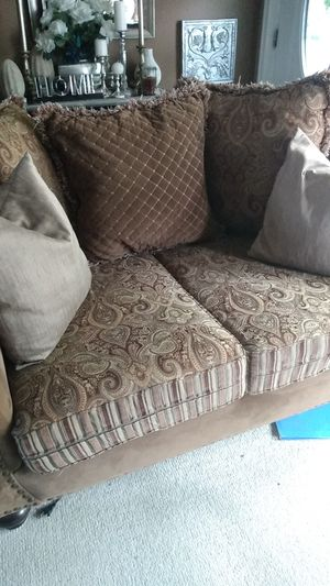 Couch and Chaise lounge for Sale in Wood Village, OR