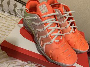Size 11 Nike Vapormax Plus for Sale in Philadelphia, PA