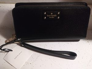 Large Kate Spade clutch brand new with tags for Sale in Arlington Heights, IL
