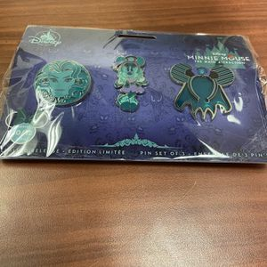 Haunted Mansion Pins - Minnie Mouse Main Attraction for Sale in Westbrook, ME