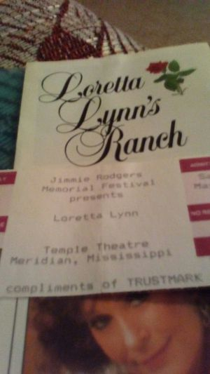 1995 tiket to see loretta Lynnn old but new for Sale in Biloxi, MS