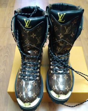 Lv boots all sizes for Sale in New York, NY