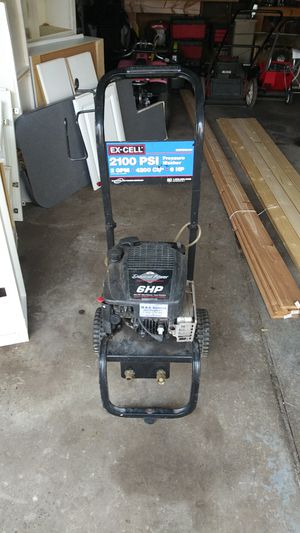 6 hp power washer running motor needs repair to spray for Sale in Ypsilanti, MI