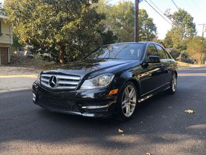 Mercedes Benz c300 4matic luxury 2012 for Sale in Chevy Chase, MD