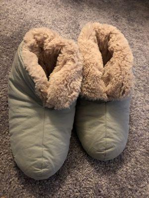 Kids fuzzy down slippers for Sale in Redmond, WA