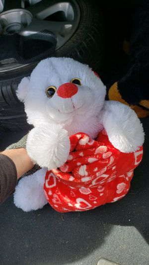 VALENTINE'S STUFFED BEAR BRAND NEW WITH TAGS WITH BLANKET for Sale in Denver, CO