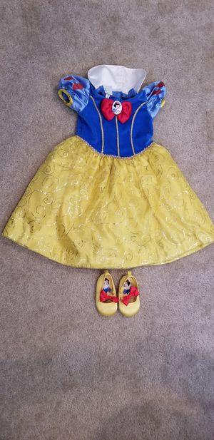 Snow white costume for Sale in Vista, CA