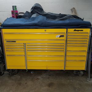 Snap On Tool Box Ultra Yellow Model # Krl1023pes, Serial # J316202a for Sale in Pittsburgh, PA