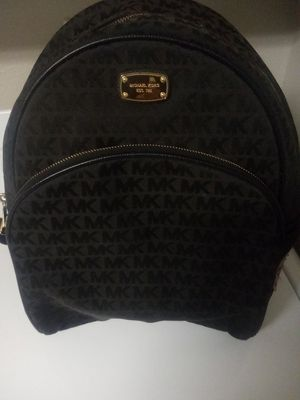 Wemons micheal kors backpack for Sale in Nashville, TN