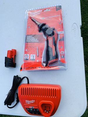 Milwaukee 12v Soldering Iron Set for Sale in Dallas, TX