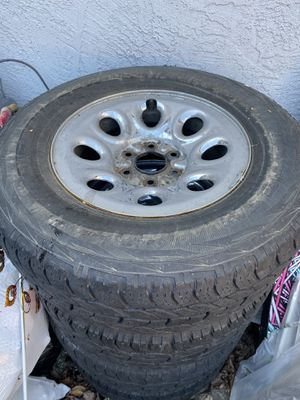 """17"""" Chevy wheels for Sale in Modesto, CA"""