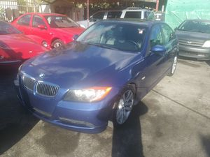 08 bmw 3 serie..leather sunroof for Sale in Miami, FL