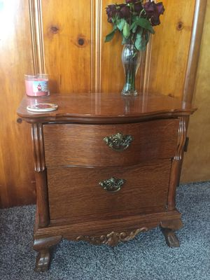 Accent table for Sale in Sanger, CA