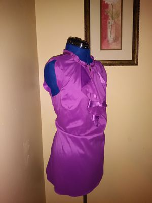 Ladies Purple top for Sale in Springfield, MA