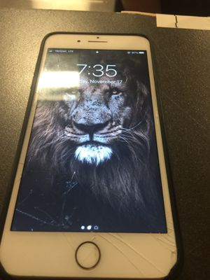Verizon iPhone 7 Plus 256gb minor crack for Sale in Washington, DC