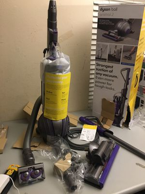Dyson Ball Animal 2 Upright Vacuum / new for Sale in Arlington, TX