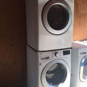 LG Washer And Dryer for Sale in Menifee, CA