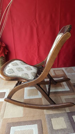 Antique Victorian Style Folding Rocking Chair for Sale in Pomona, CA
