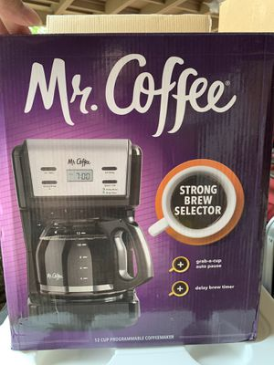 Mr coffee 12 CUP programable coffee Maker for Sale in Covina, CA