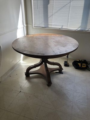 Wooden Kitchen Table for Sale in Lomita, CA