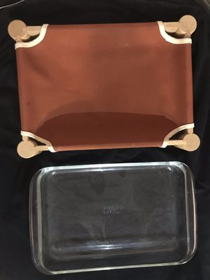 Pyrex 3L Baking Dish with Wood Cloth Serving Hammock for Sale in Cerritos, CA