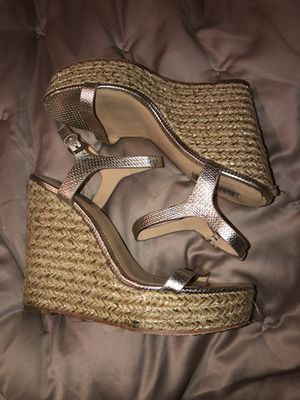 Badgley Mischka soft gold wedge Size 8 for Sale in Beaverton, OR