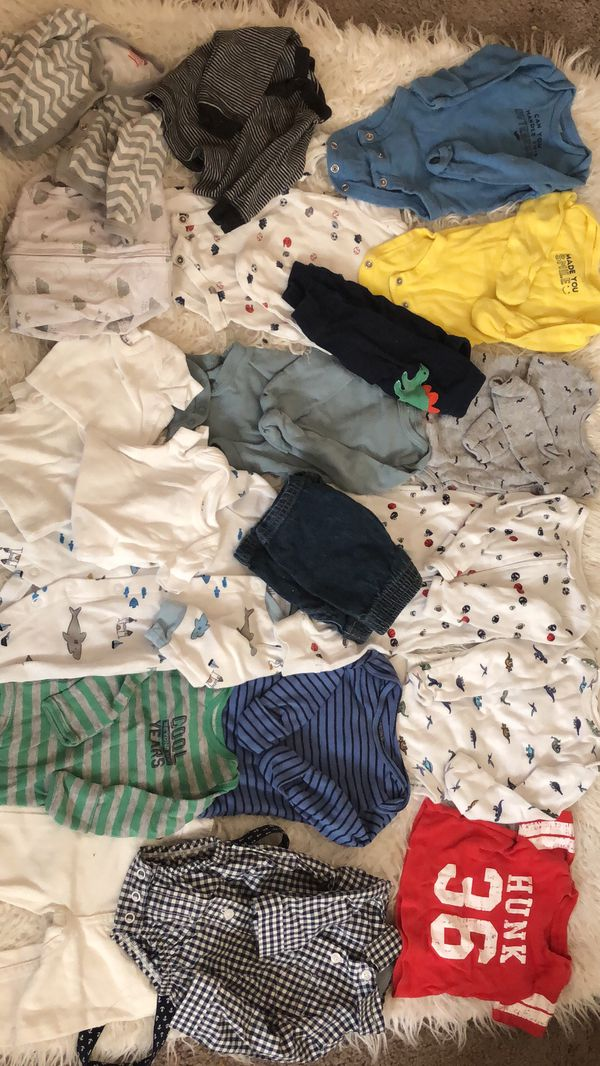 Newborn clothes and diapers