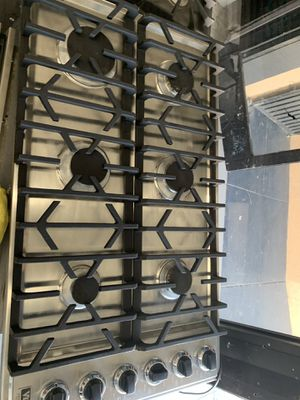 "Viking 36"" cook top in stainless steel for Sale in West Covina, CA"