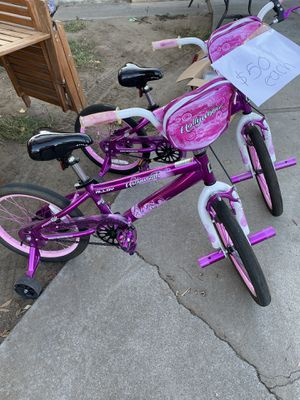 Girls bike used 3-4 times good conditions pick up only manteca $50 each look all pic for Sale in Manteca, CA
