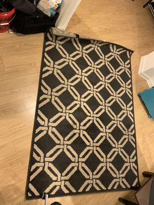 """Ikea Carpet / Rug 60"""" x 100"""" for Sale in Los Angeles, CA"""