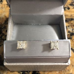 1.98 Ct Natural Diamond Earrings 14k Gold for Sale in Miami, FL