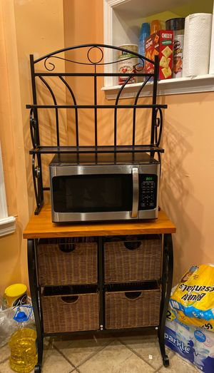 Microwave And Microwave Cart for Sale in Philadelphia, PA