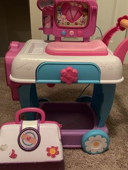 Kid Toys Doc Mc Stuffins Cart for Sale in Orlando,  FL