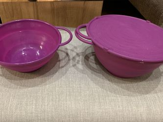 Cooks Essentials 3pc Collapsible Nesting Bowl Silicone Set With Draining Lid - Purple for Sale in West Chester,  PA