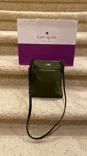 Kate Spade Crossover Lightweight Nylon Crossover. Paid $250 for Sale in San Diego, CA