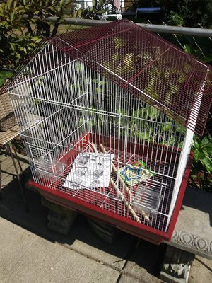 Bird Cage prevue 25211 for Sale in Cleveland, OH