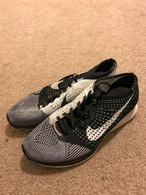FLYKNITS SZ 8.5 for Sale in Laveen Village, AZ