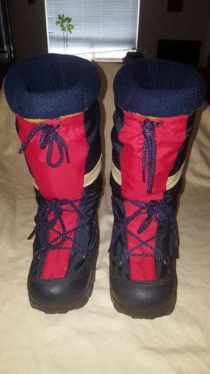Vintage Winter Moon boots snow boots women's size 7 - 8 or mens 5 - 6 unisex for Sale in Everett, WA