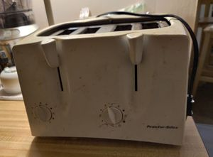 Free Toaster for Sale in NEW CARROLLTN, MD