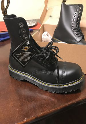 BRAND NEW never worn still in box DOC MARTENS for Sale in Columbus, OH
