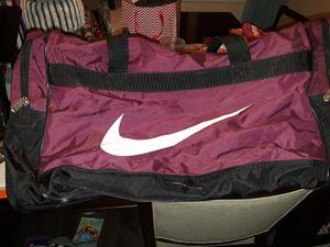 Large Nike duffle bag for Sale in Tacoma, WA