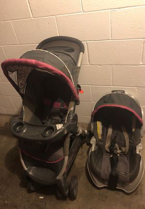 Carseat and stroller for Sale in Morgantown, WV